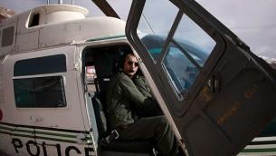 Le major Ahmad-Reza Khosravi, 39 ans, ancien pilote de l'unité d'hélicoptères des services de sécurité iraniens. (Crédit : autorisation)