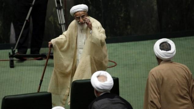 Ahmad Jannati, président de l'Assemblée des experts iranienne, pendant la session d'ouverture du nouveau parlement, à Téhéran, le 28 mai 2016. (Crédit : AFP Photo/Atta Kenare)