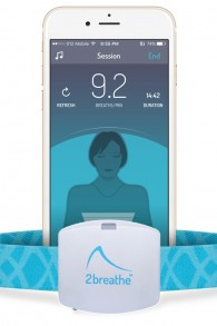 Le dispositif portable de 2breathe et l'application iOS (Crédit : autorisation)