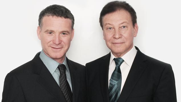 Erez Gavish, à gauche, et son père, Dr. Benjamin Gavish (Crédit : autorisation)