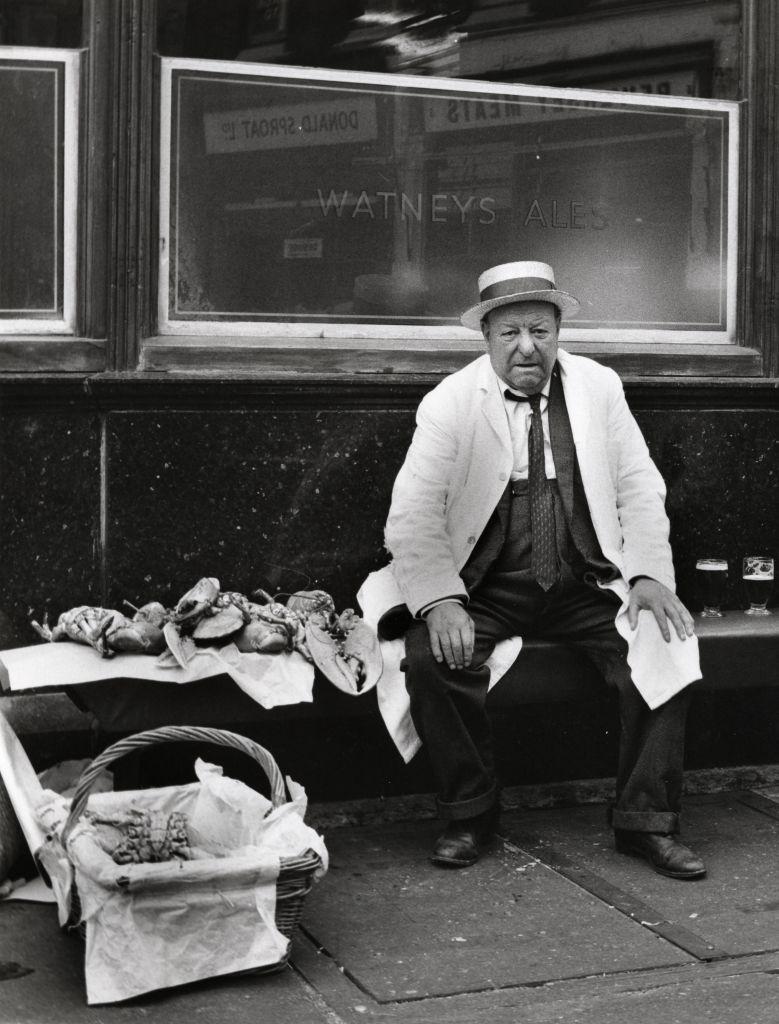 Billingsgate, Londres, dans les années 1960 (Crédit : Dorothy Bohm)