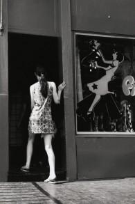 Chelsea, Londres, dans les années 1960 (Crédit : Dorothy Bohm)