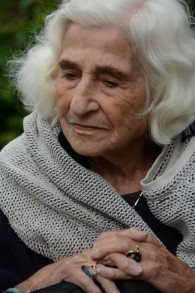 Dorothy Bohm au manoir Hughenden , le 21 juin 2015. (Crédit : Rick Stoller)