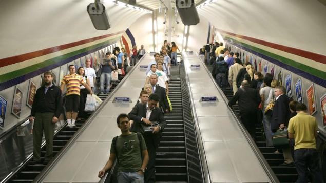 Station de métro à Londres, le 25 juillet 2007. (Crédit : Yossi Zamir/Flash90)