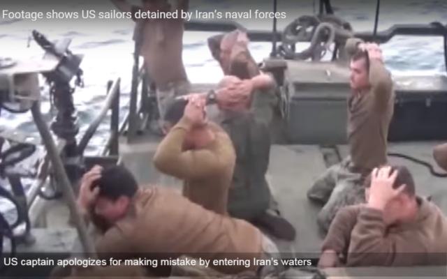 En janvier 2016, 10 soldats de la Navy ont pénétré les eaux iraniennes et se sont fait intercepter (Crédit : capture d'écran YouTube/Press TV News Videos)