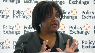 La députée travailliste Diane Abbott le 17 mai 2012. (Crédit : CC BY Wikimedia Commons)