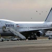Un Boeing 747 d'IranAir sur le tarmac de l'aéroport intérieur de Mehrabad à Téhéran, le 15 janvier 2013. (Crédit : AFP/Behrouz Mehri)