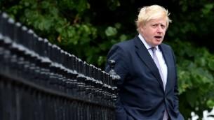 Boris Johnson, secrétaire d'Etat des Affaires étrangères  britannique, à Londres, le 27 juin 2016. (Crédit : Ben Stansall/AFP)