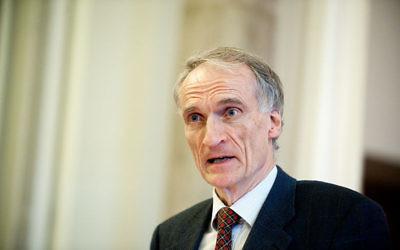 Bertel Haarder, ministre chargé des cultes du Danemark (Crédit : Wikimedia Commons CC BY 2.5)