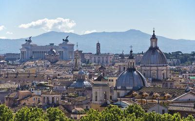 Vue sur Rome (Crédit : Bert Kaufmann/Wikimedia commons/CC BY SA 2.0)