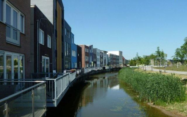 Zone résidentielle d'Almere, aux Pays-Bas. (Crédit : Wikipedia/Leuk2/CC BY-SA 4.0)