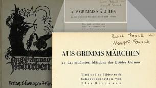 Le livre des Contes de Grimm, dans lequel Anne Frank a écrit son nom et celui de sa sœur, Margot Frank. En mai 2016, le livre a été acheté aux enchères pour 50 000 dollars par le Musée de la Seconde guerre mondiale à Natick, Massachusetts. (Crédits : Swann Auction Galleries)