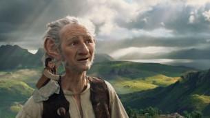 Une scène du film Le Bon Gros Géant, sorti en 2016. (Crédits : Walt Disney Pictures)