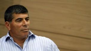 L'ancien chef d'Etat-major de l'armée israélienne Gabi Ashkenazi. (Crédit : Miriam Alster/Flash90)