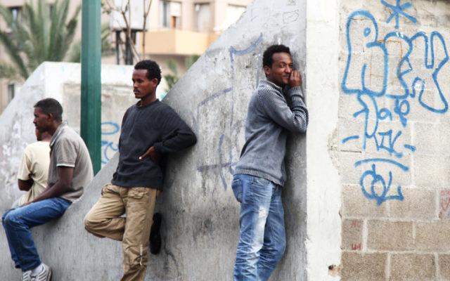Photo d'illustration de réfugiés soudanais et éritréens (Crédit : Nicky Kelvin/Flash90)