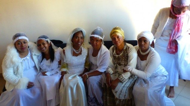 A la fin de la période de conversion, des mariages juifs ont été célébrés à Madagascar. (Crédit : Deborah Josefson)
