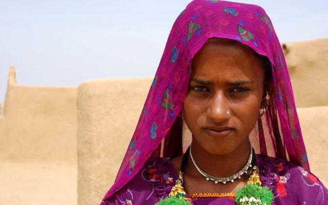 femmes indiennes datant Comment fonctionne le matchmaking à faible priorité