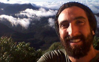 L'auteur de l'article dans les montagnes d'Almora, en Inde (Autorisation: Shalev Paller)