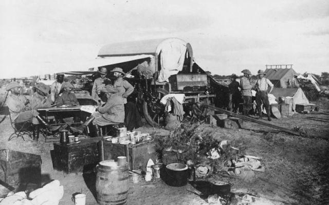 Bivouac de l'armée allemande pendant le génocide des Héréros (1904). (Crédit : Bundesarchiv, Bild 183-R18799 / Inconnu / CC-BY-SA 3.0)