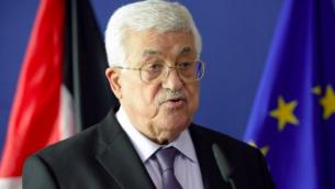 Le président de l'Autorité palestinienne Mahmoud Abbas pendant une conférence de presse au siège de la Commission européenne à Bruxelles, le 22 juin 2016. (Crédit : AFP/Thierry Charlier)