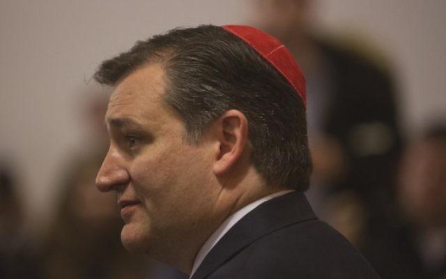 L'ancien candidat aux primaires républicaines de 2016 le sénateur  Ted Cruz pendant un meeting de campagne au Centre juif de Brighton Beach dans le quartier de Brooklyn à New York, le 7 avril 2016. (Crédit photo: Victor J. Blue/ Bloomberg)