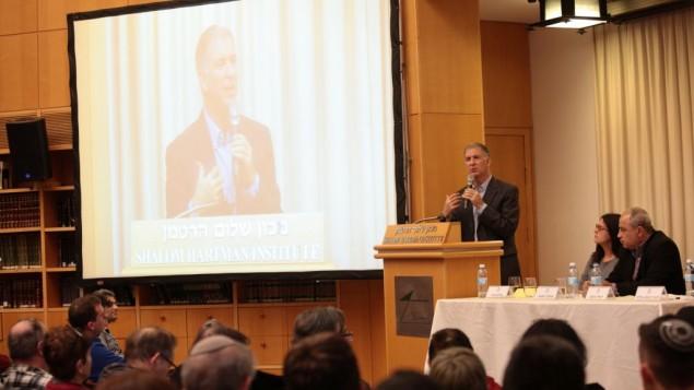 Le rabbin Donniel Hartman à l'institut Hartman (Crédit : institut Shalom Hartman)