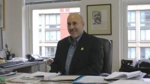 L'avocat Evan Wolfson est reconnu comme l'architecte du mouvement de l'égalité du mariage. (Crédits : Wikimedia Commons)