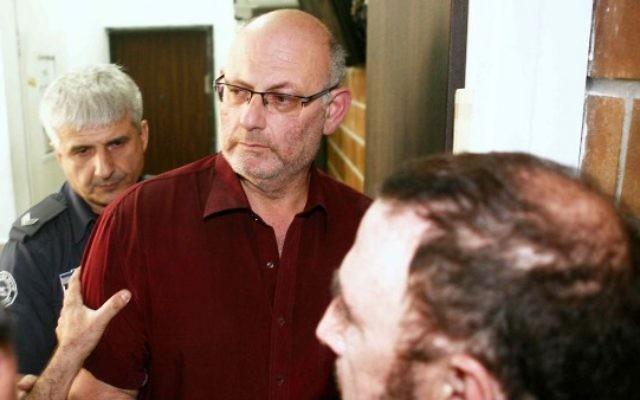 Shimon Cooper à la Cour de magistrats de Kfar Saba en novembre 2012 (Crédit : Yehoshua Yosef/Flash90)