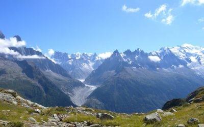 Le massif du Mont Blanc, dans les Alpes françaises. Illustration. (Crédit : CC BY-SA/Gnomefilliere/Wikimedia)