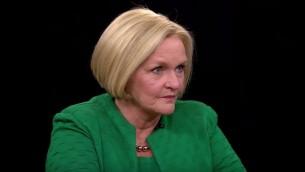 La Sénatrice américaine Claire McCaskill (démocrate, Missouri). (Crédit : capture d'écran YouTube)