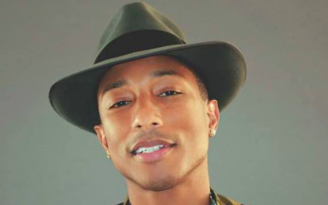 Pharrell Williams (Autorisation Facebook de Pharrell Williams)