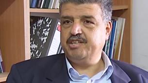 Saleh Haniyeh, directeur de la Société palestinienne de protection des consommateurs. (Crédit : capture d'écran YouTube)
