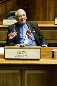 Sam Slom a été impliqué dans la politique hawaïenne depuis 1996 quand il a travaillé sur la campagne de Linda Lingle pour le poste de gouverneur. (Autorisation)