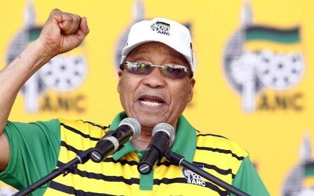 Le président de l'Afrique du Sud et du Congrès national africain (ANC), Jacob Zuma, à Port Elizabeth, en Afrique du Sud, le 16 avril 2016. (Crédit : Michael Sheehan/AFP)