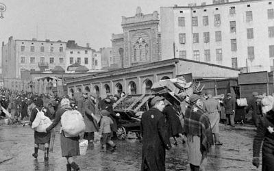 Le ghetto de Lodz (Crédit : CC-BY SA allemand Archives fédérales / Wikimedia Commons)