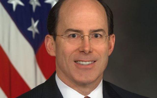 Joseph Schmitz, ancien inspecteur général du département de la Défense des Etats-Unis, et conseiller du candidat républicain Donald Trump. (Crédit : DoD by Scott Davis/US Army/domaine public/WikiCommons)