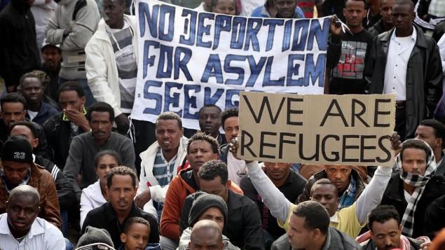 Manifestation de migrants africains dans le parc levinsky de Tel Aviv, le 7 janvier 2014. (Crédit : Gideon Markowicz/Flash90)