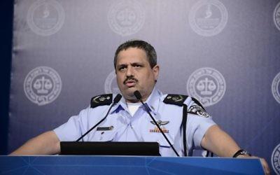 Roni Alsheich, chef de la police israélienne, pendant une réunion de l'association du barreau israélienne, à Tel Aviv, le 30 août 2016. (Crédit : Tomer Neuberg/Flash90)