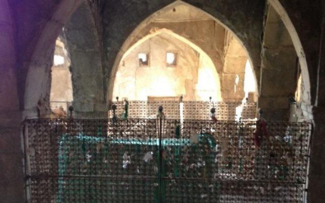 La tombe du prophète juif Nahum à Alqosh, en IraK. (Crédit : CC BY-SA, Chaldean/Wikipedia)
