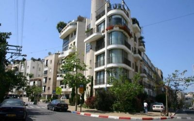 Architecture moderne rue Yehoshua Bin Nun (Photo: Shmuel Bar-Am)