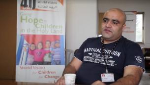 Mohamed Halabi, membre du Hamas et directeur des opérations de l'organisme World vision dans la bande de Gaza, a été inculpé le 4 août 2016, pour avoir détourné les fonds de l'organisme de bienfaisance au profit de l'organisation terroriste. (Capture d'écran: World Vision)