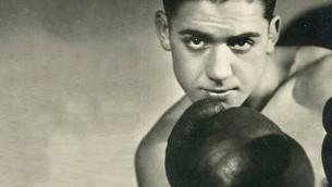 Victor 'Young' Perez, boxeur juif français né à Tunis. Il a été assassiné à Auschwitz-Birkenau. (Crédit : domaine public)