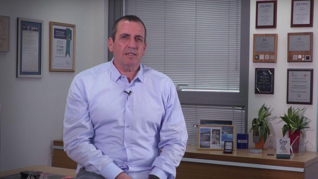 Eyal Waldman, président et PDG de Mellanox Technologies Ltd (Crédit : Capture YouTube)