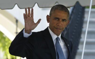 Le président américain Barack Obama quitte la Maison Blanche pour se rendre au sommet des dirigeants d'Amérique du Nord, à Ottawa (Canada), le 29 juin 2016. (Crédit : AFP/Yuri Gripas)