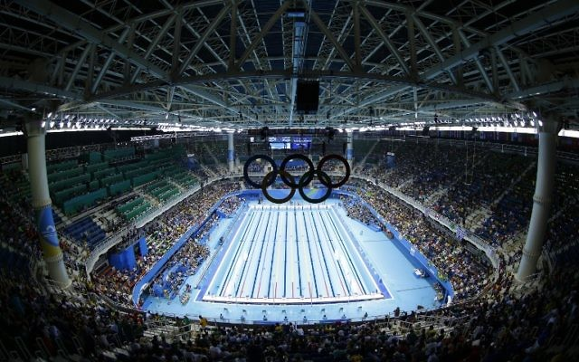 La piscine olympique de Rio de Janeiro, le 7 août 2016. Illustration. (Crédit : AFP/Odd Andersen)
