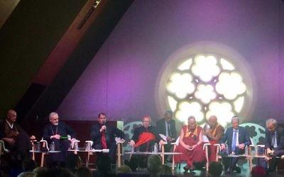 Table ronde inter-religieuse à Paris (Crédit : Facebook/Moché Lewin)