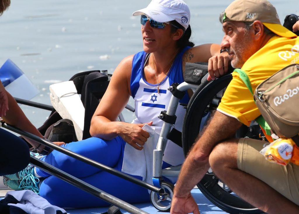 Moran Samuel après avoir remporté la médaille de bronze à Rio, le 11 septembre 2016 (Crédit : IGOR MEIJER/ Autorisation Daniel Rowing Center)