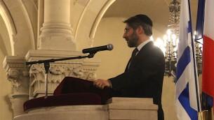 Haïm Korsia, grand rabbin de France à l'hommage à Shimon Peres à la synagogue de la Victoire, le 29 septembre 2016 (Crédit : Glenn Cloarec/Times of Israël)