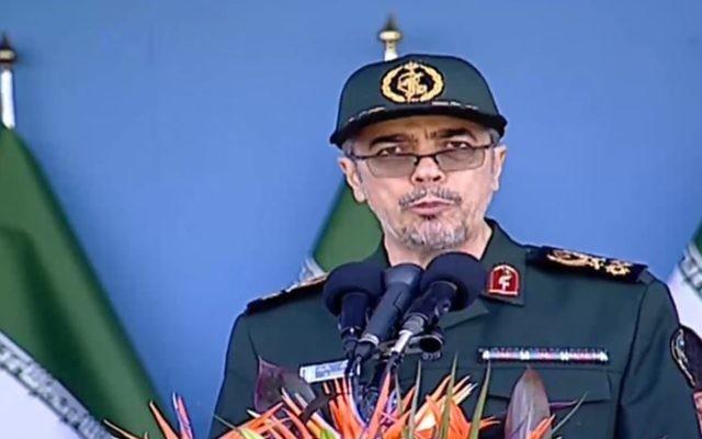 Le chef d'Etat-major iranien, le général Mohammad Hossein Bagheri, pendant une parade militaire à Téhéran, le 21 septembre 2016. (Crédit : capture d'écran Press TV)