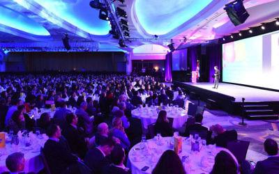 Le public de l'Assemblée générale des Fédérations juives d'Amérique du Nord, l'un des plus grands rassemblements associatifs juifs d'Amérique du Nord, le 10 novembre 2015. (Crédit : JTA)